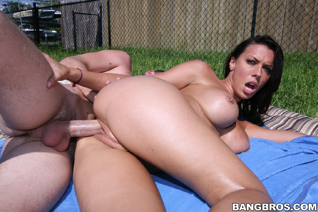 Assparade - The Perfect Ass is Back, Rachel Starr, sexy, brunette, tan, bubble butt, Assparade, Ass Parade, big asses, big ass girls, bubble butt, hardcore